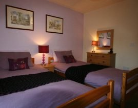 Dairy Cottage - Twin Room